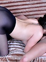 Pantyhose1 :: Jen&Madeleine pantyhose ready girls