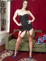 Tammy parades in her vintage ff nylons and merry widow!