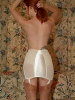 Lady Suspender - mature women in girdles and stockings