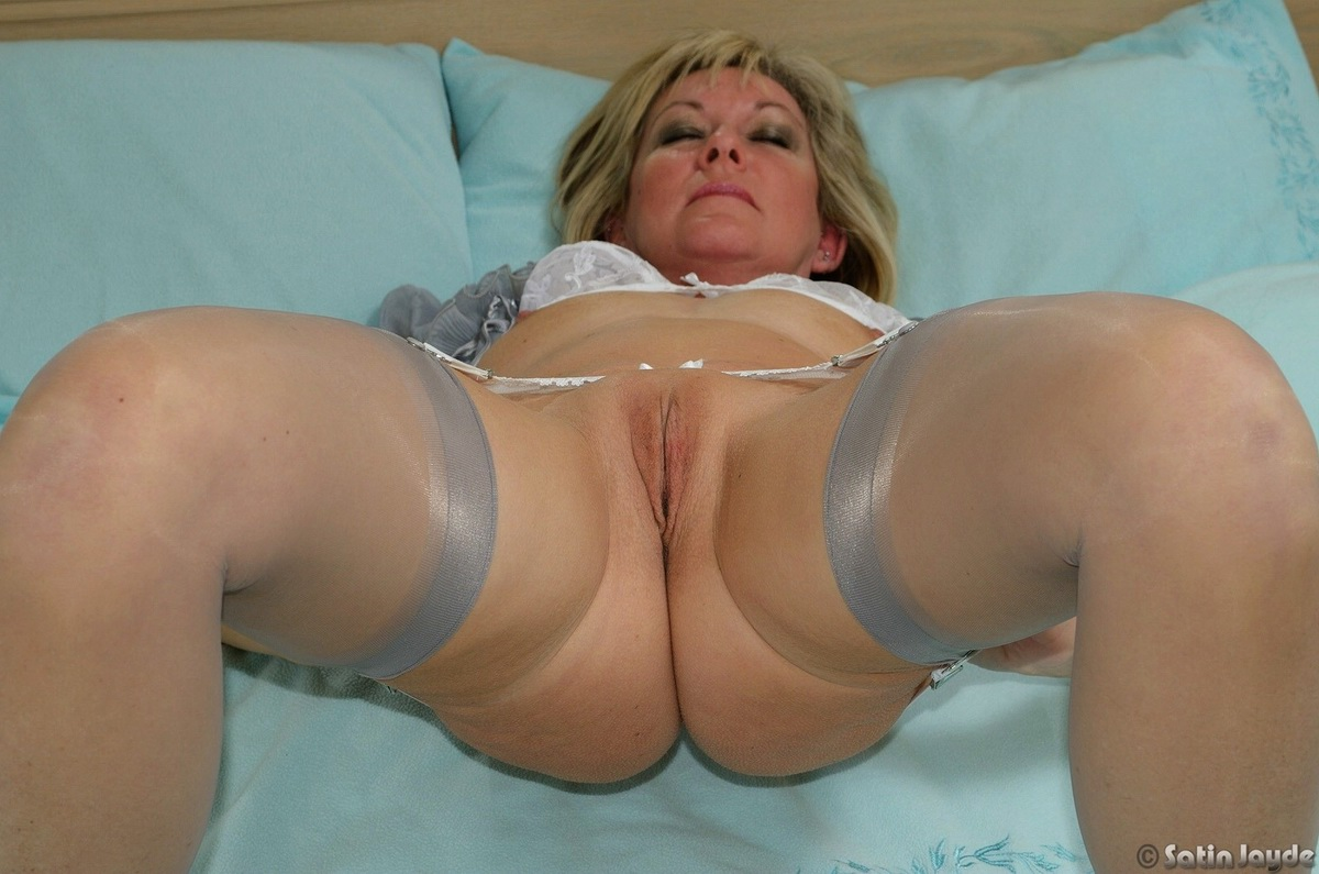 milf in silk panties